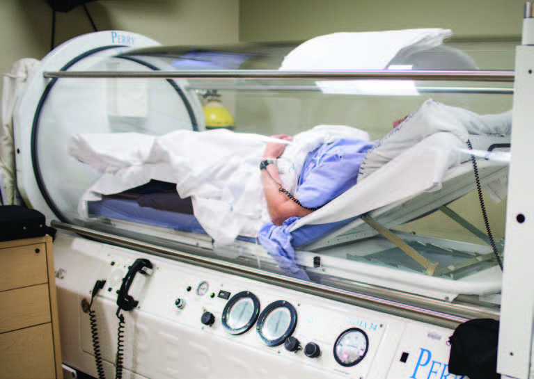 A Montefiore patient receiving hyperbaric oxygen treatment