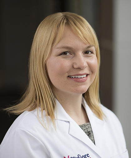 Krystal L. Cleven, MD, Critical Care Medicine, Internal Medicine, Pulmonary Disease (Lungs)