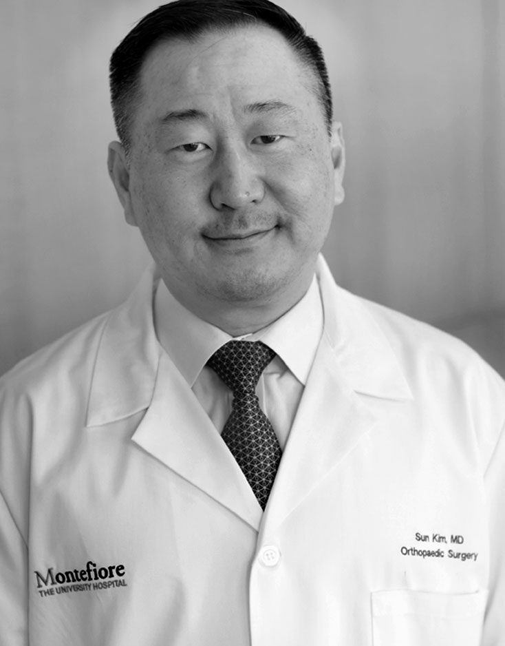 Sun Jin Kim, MD - Chief, Joint Replacement,  Clinical Director, Center for Joint Replacement Surgery, Associate Professor, Orthopedic Surgery - Joint Replacement